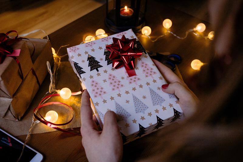 Das Weihnachtsgeschenk für Mitarbeiter aus steuerlicher Sicht